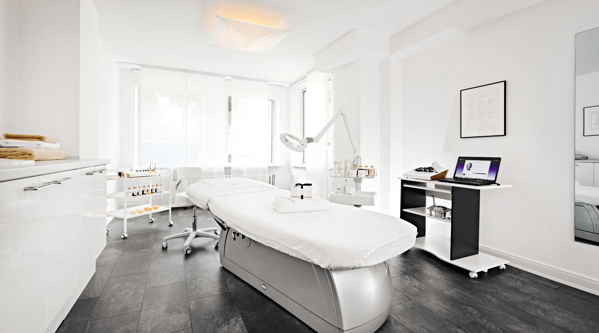 Behandlungsraum für Haut- und Körperpflege in Hamburg - evas concept